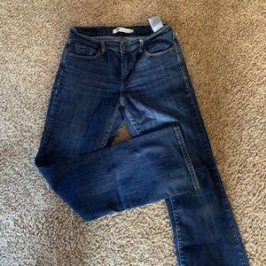 Women's Levi's jeans size 6 bootcut